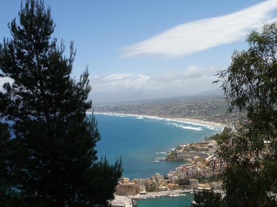 Passage to Sicily: mondello