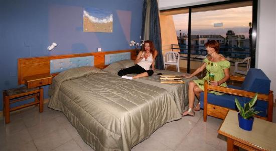 Napa Prince Hotel Apartments: STUDIO APT
