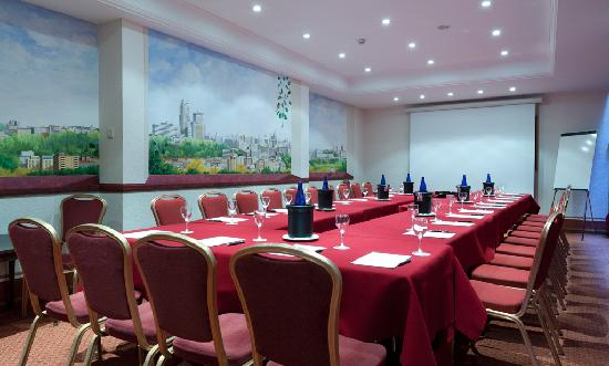 Hotel Liabeny: Salones