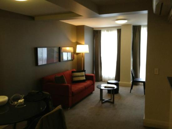 Adina Apartment Hotel South Yarra Melbourne: Main living room