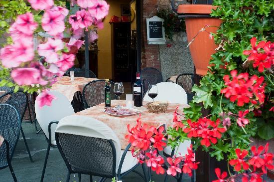 Bar Dante : outside seating