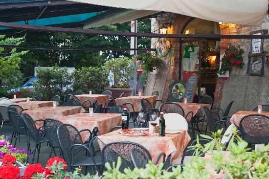 Bar Dante : beautiful terrace