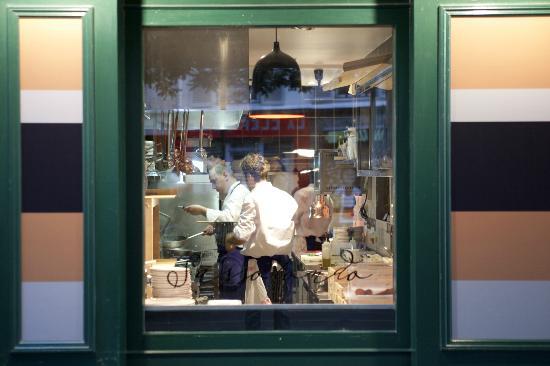 Sassotondo: La cuisine et le chef