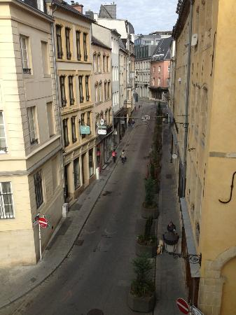 Parc Beaux-Arts Hotel Luxembourg : bedroom view