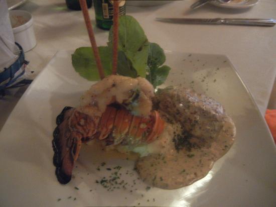 Baremar cantina & seafood: Lobster and Tenderloin
