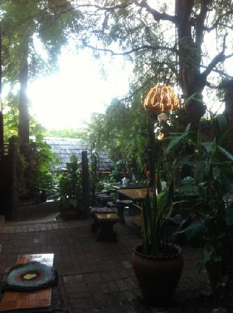 Lao Lao Garden! : The inner area of Lao Lao Garden.