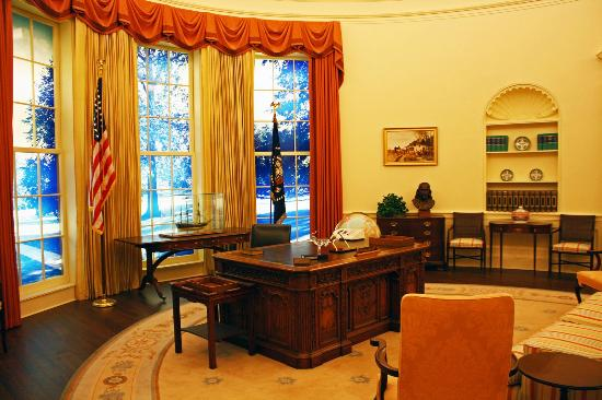 Carter Center An Exact Replica Of S Oval Office With The Buck