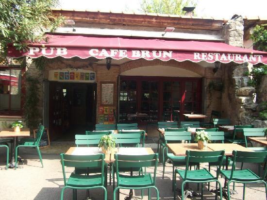 Biot, France: Restaurant Pub Café Brun