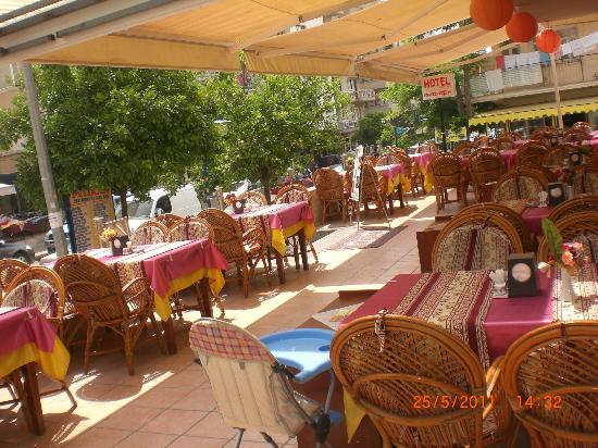 Hotel Hikmethan: RESTAURANTIMIZ