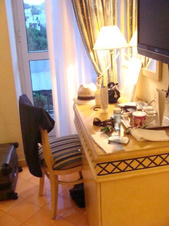 Miramare e Castello Hotel: Desk