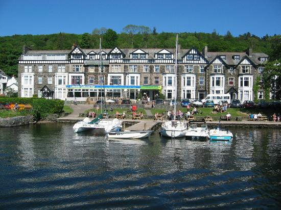 Bowness-on-Windermere, UK: Ambleside from the cruise