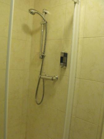 O'Briens Cashel Lodge: Hot shower!