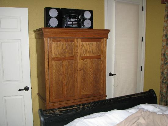Mountain Run at Boyne: Bedroom entertainment center
