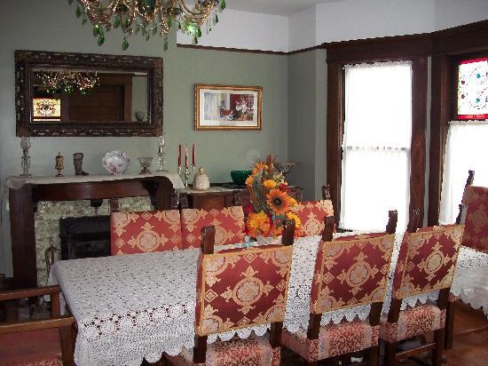 Green Oaks B&B: Green Oaks Breakfast room