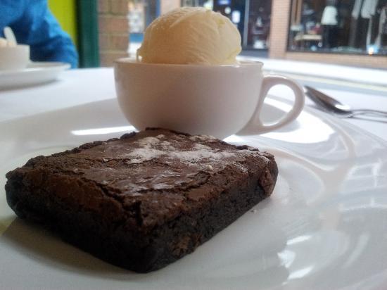 Amala Thai: Chocolate and chili brownie with coconut ice cream