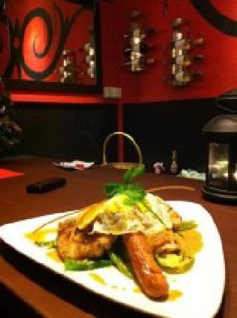 Red Corner Restaurant and Bar: erotism