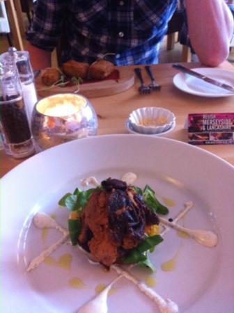 Peninsula Dining Room: Starter