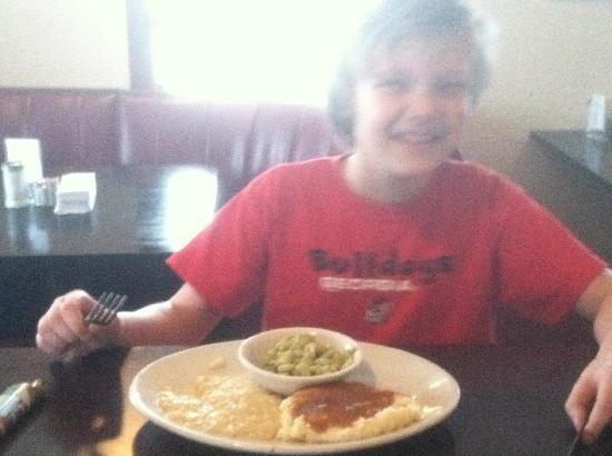 Ma Gooch's Restaurant: kid friendly, fresh healthy vegetables.