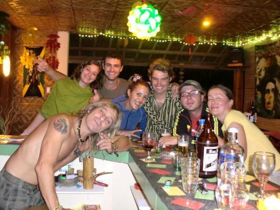 Reggae Guesthouse: le soir au bar du guest house