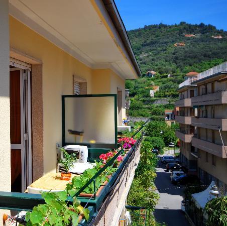 Finale Ligure, Italie : Monlocale (balcone)