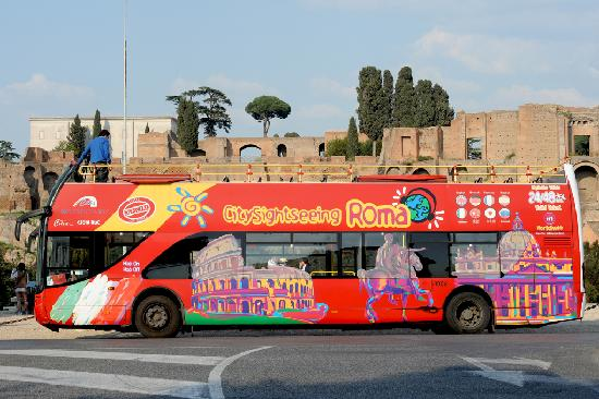 Bus Tour Of Rome City