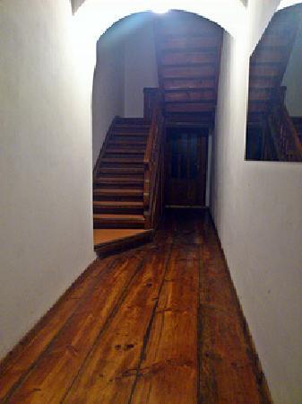 Altstadt Pension im Hollanderviertel: Hallway upon entering the building