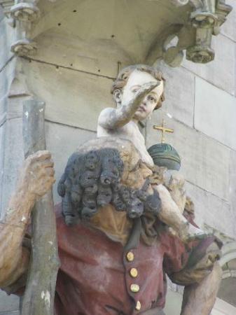 Zum Christophel Hotel-Restaurant : statue detail