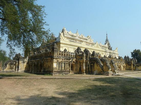Innwa: Maha Aungmye Bonzan Kloster
