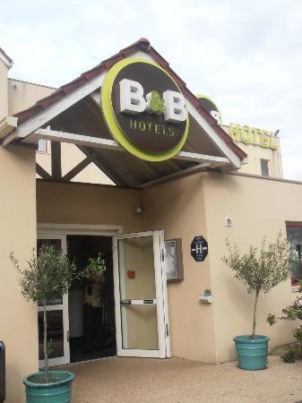 B&B Hotel Goussainville: no frills