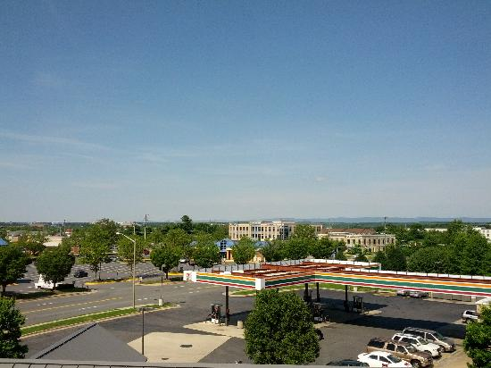 Comfort Suites Dulles Airport: View from room