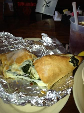 Nicola Pizza On the Avenue: spinach nicaboli is the best!