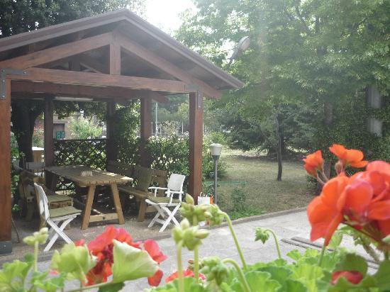Camere Villa Alessandra: Gazebo