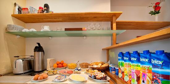 A. V. Pension Praha: Breakfast
