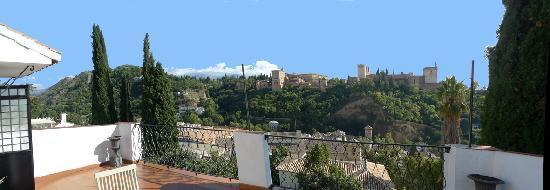 Photo of Las-Tres-Terrazas Granada