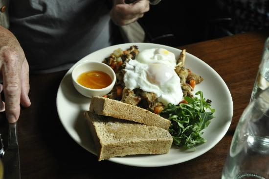 State Road Restaurant: Chicken Hash for Brunch