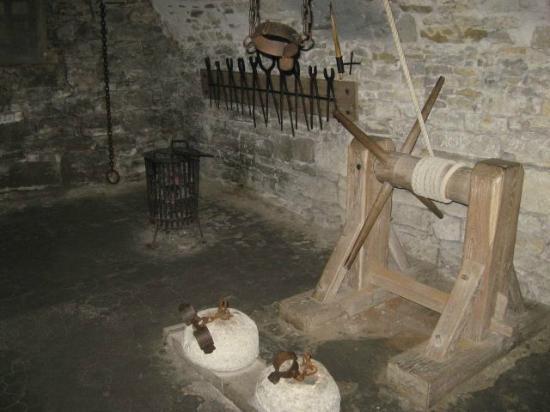 Vallató és kínzókamrák Filename-rot-vault-3