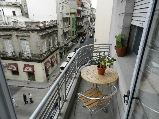Casa Sarandi Guesthouse: The Mascara Room balcony faces north towards the Colonial Square, the Cathedral and the Port and