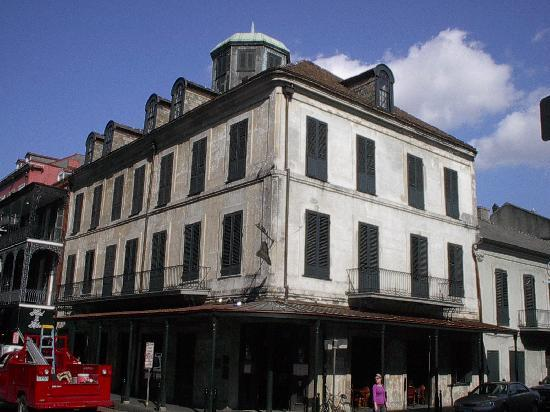 Photo of American Restaurant Napoleon House Bar & Cafe at 500 Chartres St, New Orleans, LA 70130, United States