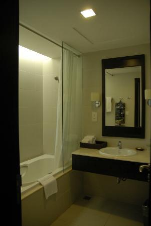 La Sapinette Hotel Dalat: Bathroom