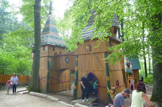 Haltern am See, Deutschland: Castle...you better be a slim adult to crawl in here w/ your kids