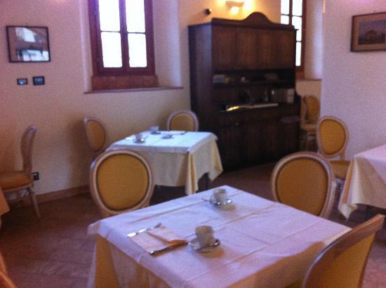 Hotel Cascina Canova: Breakfast room
