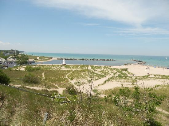 New Buffalo Public Beach : view from the boardwalk