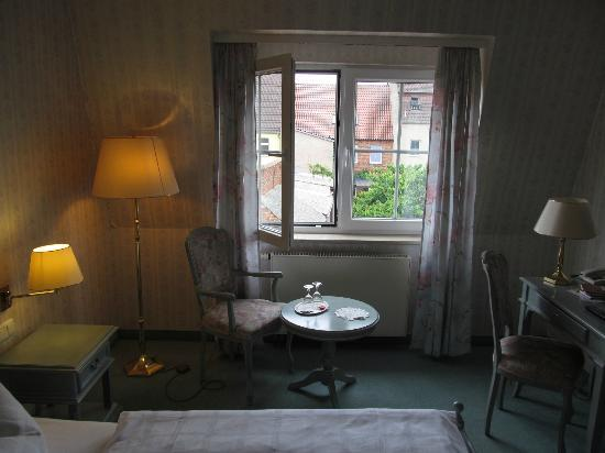 Hotel am Markt: Room, overview