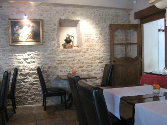 Relais & Chateaux - Hostellerie de Levernois : Breakfast area