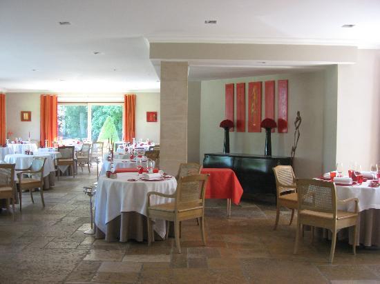 Relais & Chateaux - Hostellerie de Levernois : Gastronomic dining room