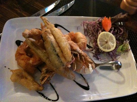 Da Piero: tempura di gamberi e melanzane con maionese wasabi