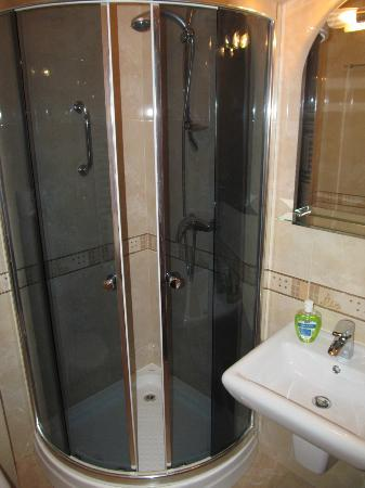 Hotel Spinaker: Bathroom