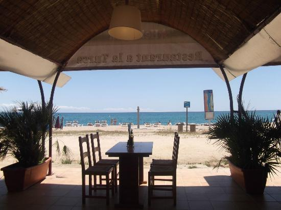 Luna Park Hotel : A La Turka restaurant, 7min walk away, Halal & delicious foods!