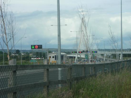 Waterford & Suir Valley Railway: New bridge,Waterford