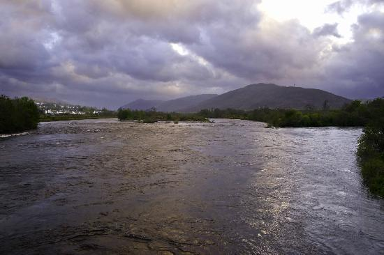 Cuil-Na-Sithe Corner of Heaven: river across street from BB